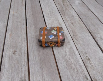 Dollhouse suitcase vintage non opening