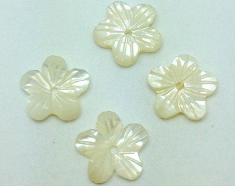 Mother of Pearl Flower Shaped Buttons - MOP-FLR00014N