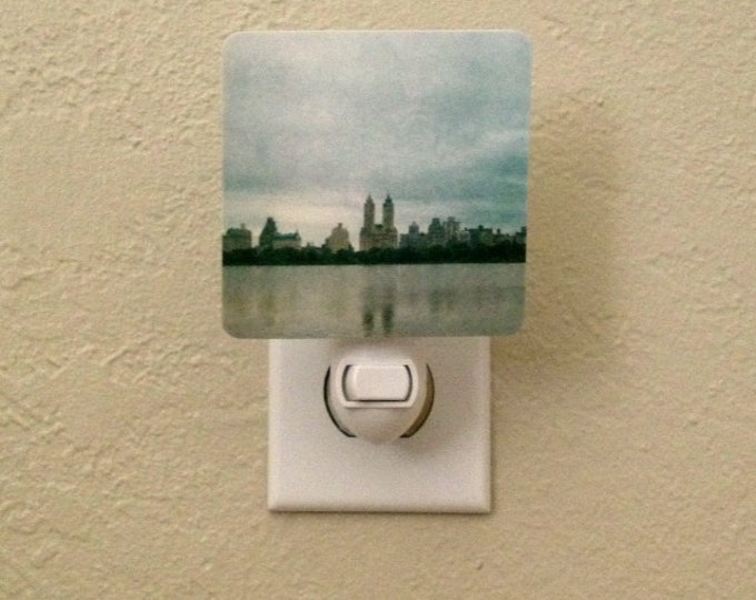 IN STOCK - New York Skyline Night Light for Child's Room, Playroom, Central Park Urban Decor