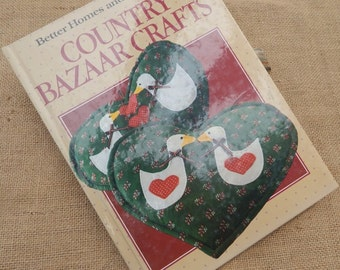 Country Bazaar Crafts  ~  Better Homes and Gardens Country Bazaar Crafts 1986  ~  Country Bazaar Crafts Book