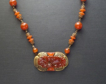Art Deco Necklace. Czechoslovakian Glass.