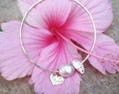 Baby Pearl, Shell, Charm Bangle - baby bangle, pearl bangle, shell bangle, shell jewelry, beach jewelry, hawaii, kauai