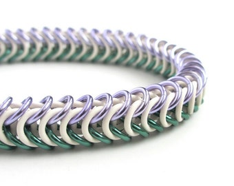 Genderqueer pride bracelet, stretchy chainmail bracelet; lavender, white and green box chain