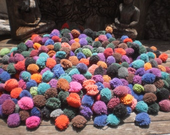 250 Hand Made Pom Poms, Vintage Style Pompoms, Beautiful Mixed Colours 250 PomPOm Special Wholesale Price