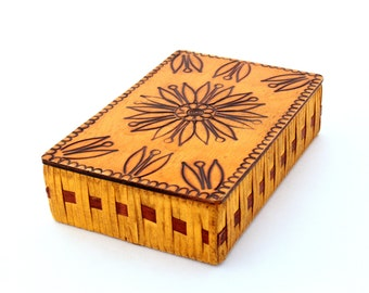 Vintage Jewelry Box ,Treasury box 70s, Handmade box, Wood Jewelry Box, Folk Style, Trinket box, Folk Art, Keepsake box