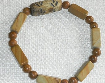 Mans Tiger Skin Jasper & Carved Horn Bracelet Stretch Medium and Dark Tiger Skin Jasper Stretch Bracelet for Men (or Women) with Horn Focal
