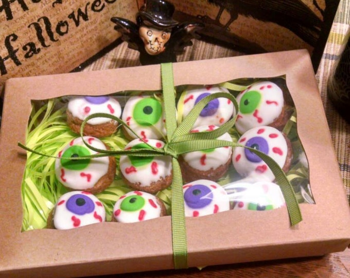 12 Eyeball Dog Treats Peanut Butter flavored Halloween Hauntingly Good