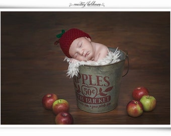 Newborn apple hat