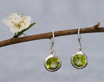 Peridot Earrings - Green Gemstone Dangle Earrings -  Peridot  Drop Earrings in Sterling Silver - Green Gem Silver Earrings - FREE SHIPPING