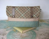 Cambridge --Make up bag // Clutch // Travel pouch // Cosmetic case // Bridesmaid gift //Vegan // Ready to ship