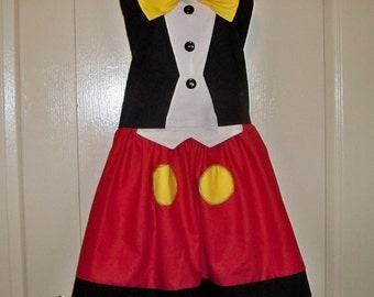 Womens Legends Mickey Mouse Plus Size Apron  Red White and black