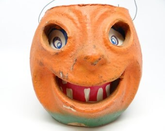 Vintage 1940's Halloween 5 1/4 Inch Happy Jack-O-Lantern with Smiling Face, made with Pulp Paper Mache
