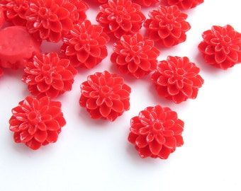 20 Pcs - 15mm Red Chrysanthemum Flower Cabochons