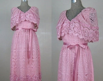 25% Off Summer Sale.... Vintage 1970s Pink Lace Dress 70s Romantic Lace Dress with Shawl Collar Size 6/8/M