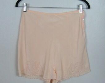 Vintage 1930s Silk Tap Pants 30s Peach Silk Lingerie Size 28 Waist M