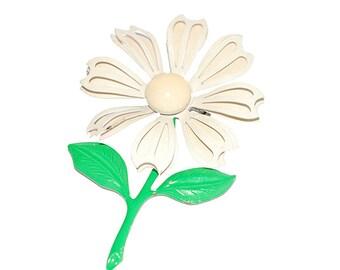 Daisy Brooch, Green Enamel, White Enamel, Flower Pin, Floral Brooch, Mod