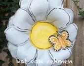 Spring Door Hanger, White and Yellow Daisy Door Hanger, Screen Door Hanger, Butterfly Door Hanger, Wreath