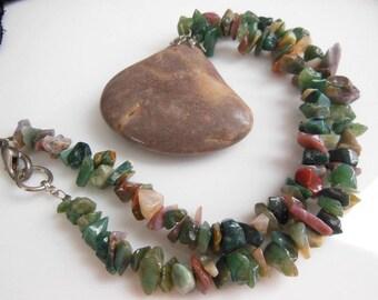 Retro Boho Earth Tone Mixed Color Gemstone Chip Bead Stone Pendant Necklace
