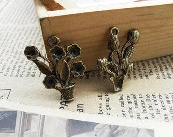 20pcs 24*28mm antique bronze  flower disc charms pendant C463