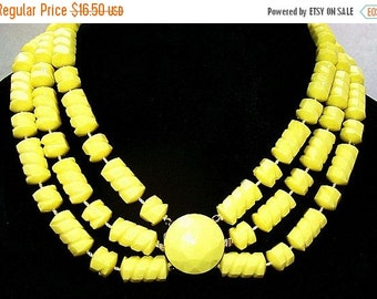 "Yellow Bead Necklace Choker 3 Strands Textured Lucite Fancy Clasp Gold Metal 17"" Vintage"