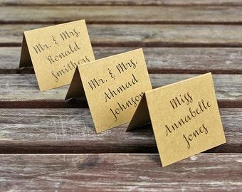 Kraft Place Cards. Rustic Chic Wedding. Wedding Table Decor. Wedding Decor. Shabby Chic Wedding. Modern Rustic Escort Card.