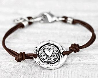 Carry Your Heart Bracelet - Heart Wax Seal Bracelet - Romantic Jewelry - B480