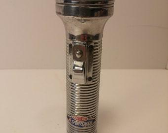 Vintage 1960s RAY-O-VAC SPORTSMAN Brand Flashlight