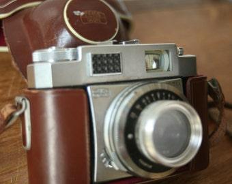 Vintage Cameras Zeiss Ikon Contina Prontor-SVS Leather CameraBag leather case Collectible Vintage 35mm Camera Old Film Camera Movie Prop
