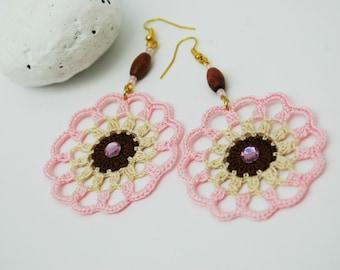 Crochet earrings- Crochet jewelry - Fashion crochet - Large earrings - Round earrings - Pink, brown and cream