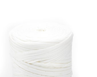 T-shirt yarn - Chunky, bulky, thick cotton yarn - white, bone, chalk