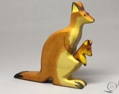 Toy Kangaroo with baby wooden brown colourful standing Size: 16,5x 14 x 2,5 cm (bxhxs)  approx. 110 gr.