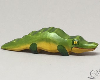 Toy Crocodile Baby wooden green yellow red colourful small Size: 10,0 x 2,0 x 2,0 cm (bxhxs)  approx. 20,0 gr.