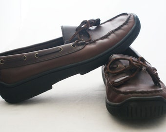 Loafers - Brown Leather Bass Rubbed lined shoes with tie tassels size 6