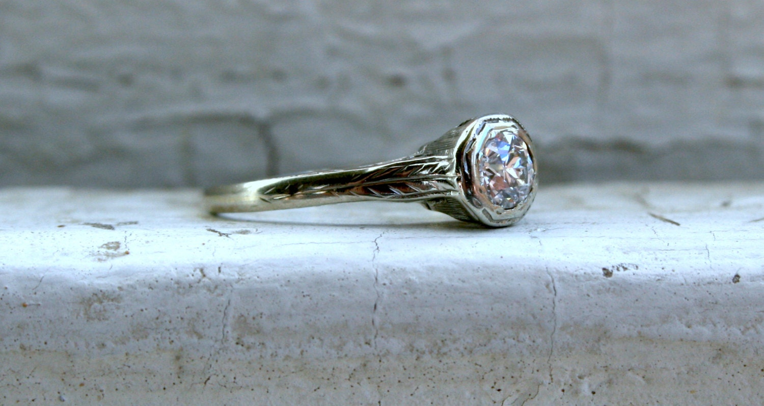 Vintage 20K White Gold Solitaire Diamond Engagement Ring