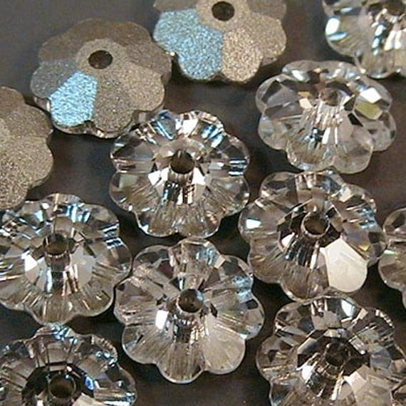 SWAROVSKI Flowers | hair accessories, cathedral, fingertip, short, long, veils