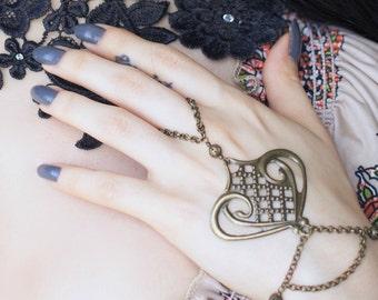 Hand chain 'Mahafsoun', gypsy, bellydance, art nouveau, * Elegant Curiosities *