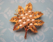 Vintage Trifari Brooch Maple Leaf Branch with Pearls Rhinestones in Gold Tone 1960s Retro Fall Pin