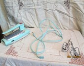 Vintage 30M47 Mid Century GE Aqua 3 Speed Hand Mixer Complete - Great for Retro Kitchen Display or Parts - Works Wonderfully