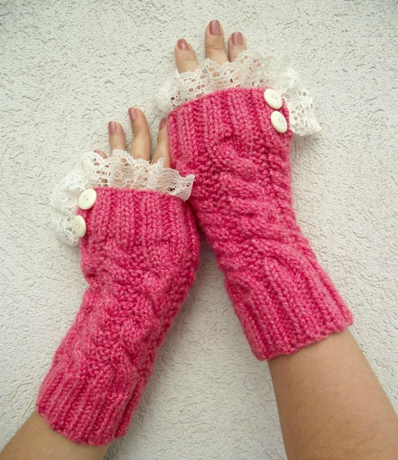 Lace Mittens Knitting Pattern : KNITTING PATTERN Mittens Fingerless Gloves pdf by ...