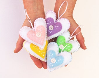 felt heart ornament kit, embroidery kit tutorial, diy craft kit, sewing kit, pastel felt hearts, diy embroidery kit, pastel heart ornaments
