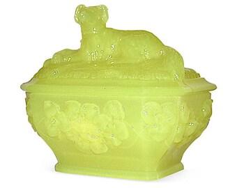 Portieux Vallerysthal Setter Dog Covered Dish Vaseline Glass, Antique