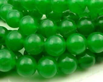 8mm Green Jade Round Gemstone Beads - 15.5 Inch Strand - BG12