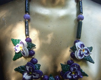 Unique Molded Resin Pansy Flower Necklace c 1970s
