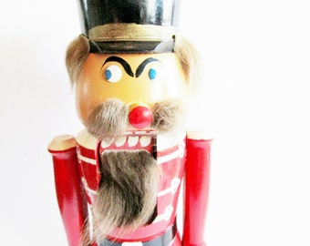German Vintage Christmas Wood Nutcracker from the DDR / Erzgebirge Red Wood Soldier from the 70s with Great Personality