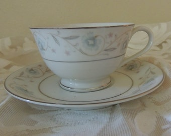 Romantic English Garden Pattern Cup and Saucer Fine China of Japan 1960s Blue Pink Gray Platinum Romantic Table Wedding Table Reception