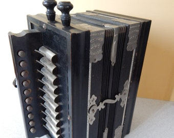 Antique Beaver Brand 10-Key Accordion With Box