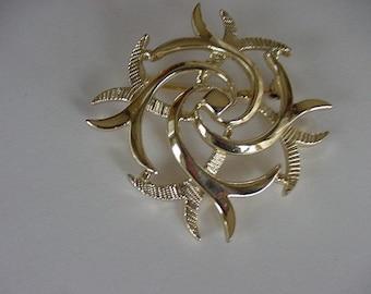 Vintage Sarah Coventry Pin/Brooch, Goldtone Geometric, Signed Sarah