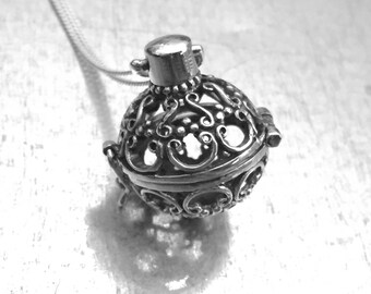 Orb Locket Necklace, Sterling Silver Locket Necklace, Sterling Locket, Sterling Silver Chain, Victorian Necklace, Holiday