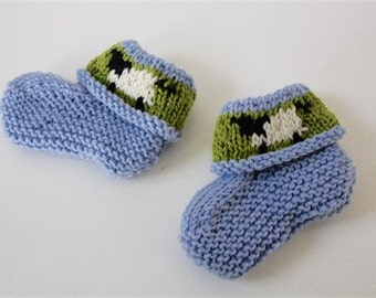 Blue 'sheep' booties - hand knitted in pure wool