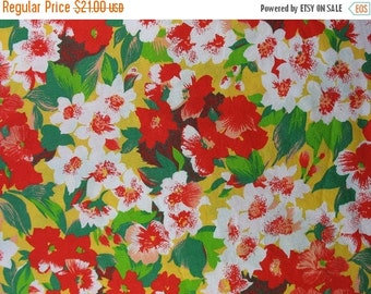 20% SALE Vintage Cotton Fabric Floral Cotton Fabric Red and Yellow Flowers Wide Fabric Vintage Floral Fabric - 3 1/8 Yards - CFL1283